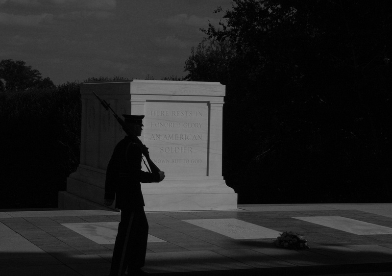 b & w unknown soldier